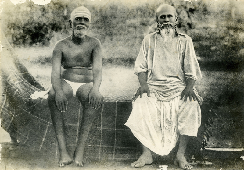 Bhagavan and Ganapati Muni at Skandashram