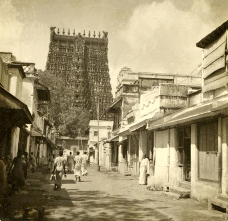 Bhagavan's street in Madurai, taken in the 1930s_0.jpg