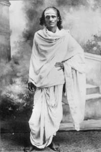 ganapathi-muni-standing