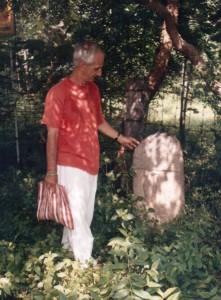 pradakshina-marker-stone