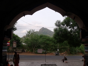 view of Arunachala through Unnamulalai mantapam