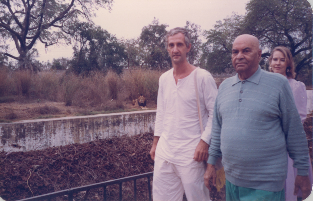 Walking with Papaji in the Lucknow zoo, 1992